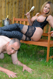 Mistress Carly Gallery Thumbnail free picture gallery