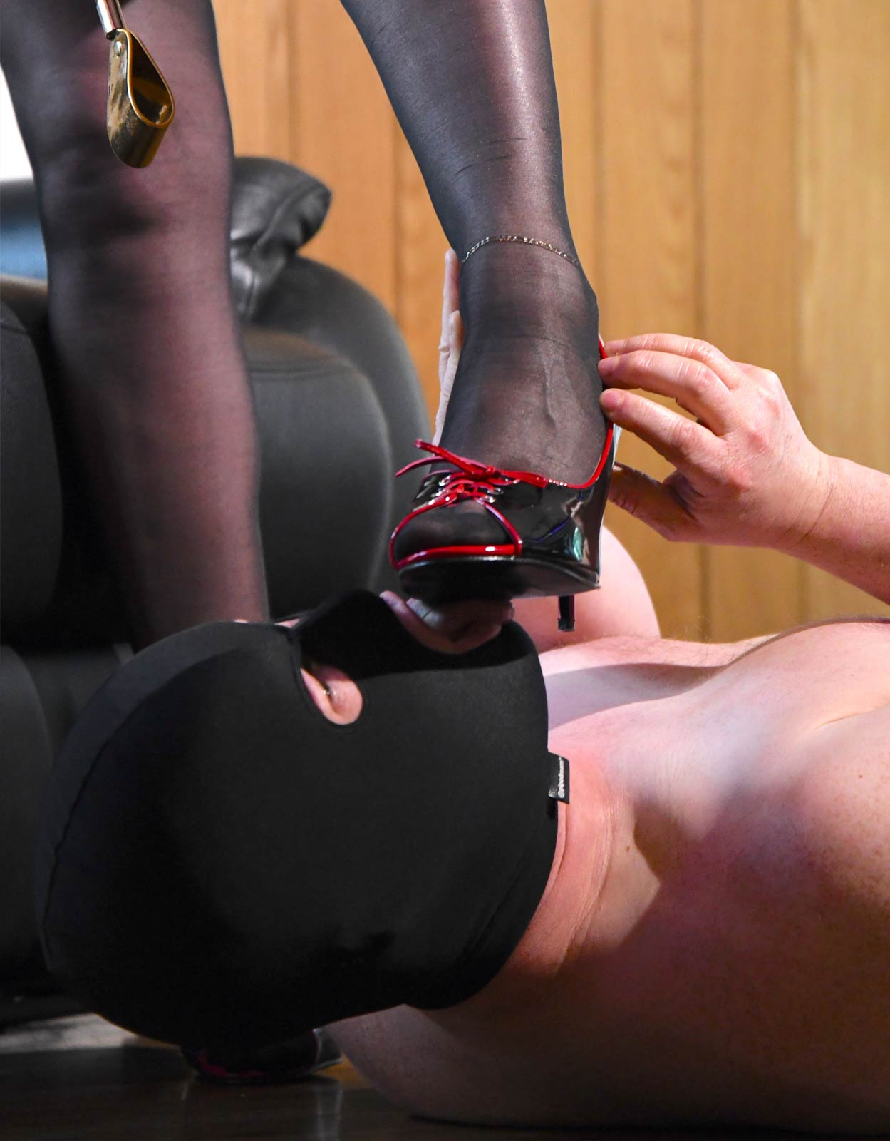 Worship Mistress Carly's Feet And Shoes