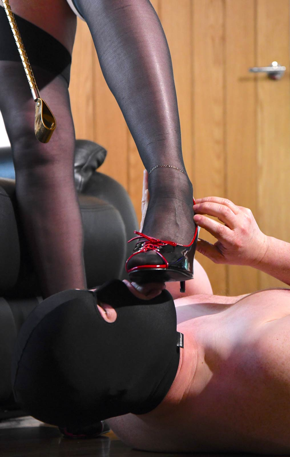 Mistress Carly | Trampling Session